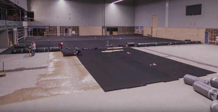 Screenshot video aanleg vloer sporthal Amerena - Amersfoort Vernieuwt